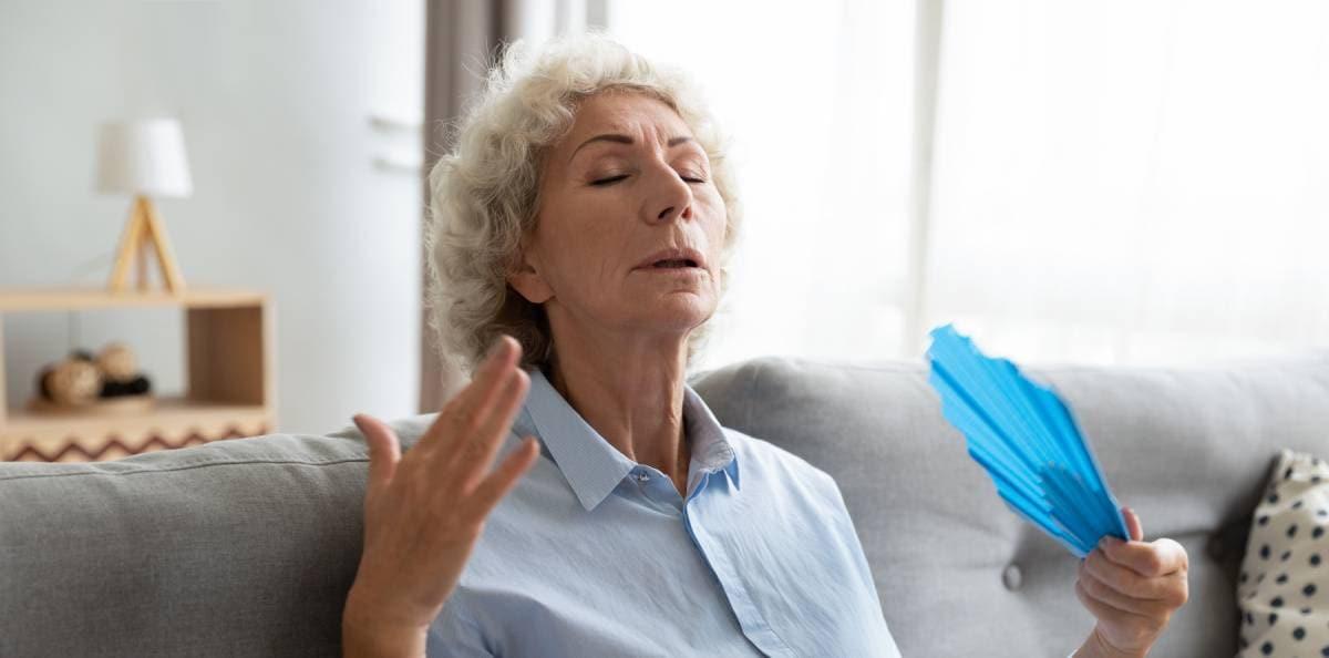 klimakteriet blödningar smärta