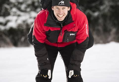 Världens snabbaste skidåkare, Emil Jönsson, ger råd hur du undviker skador i skidspåret